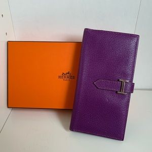 💜Rare💜Hermès Bearn purple wallet